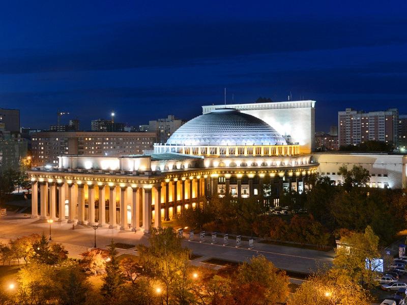 Закулисье Новосибирского академического театра Оперы и Балета